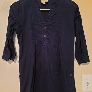 Blue dress shirt.